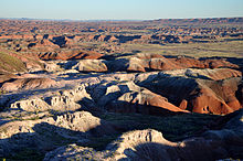 220px-Painted_Desert_badlands_Tawa_Point
